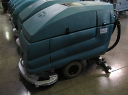 Tennant 5680 Floor Scrubber Reconditioned Tennant 5680