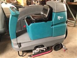 Used Tennant T7 Floor Scrubber Micro Rider Tennant T7